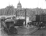 Picture of London - Docks opposite St Pauls c1930s - N023